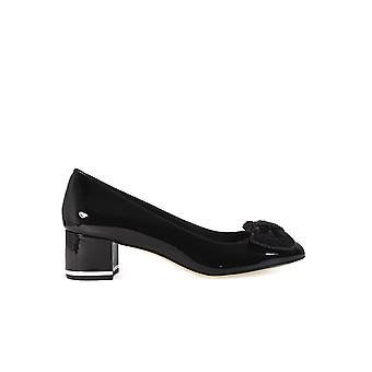 MICHAEL KORS PARIS BLACK MID PUMP WITH SEQUINED BOW