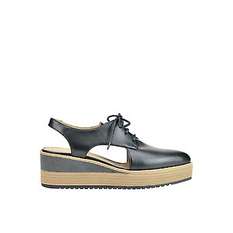 Janet & Janet MCGLCAT03202E ladies black leather lace-up shoes