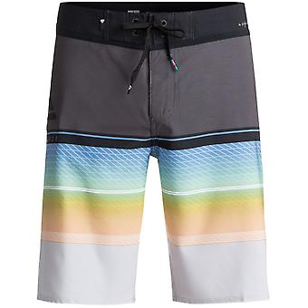 Quiksilver Highline Slab Mid Length Boardshorts